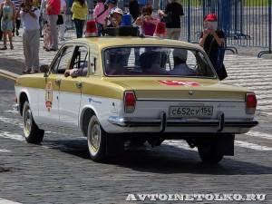 1980 ГАЗ-24 Волга Олимпийский факел Артём Шандаров и Николай Васин, Новосибирск на ГУМ Авторалли Gorkyclassic-2014 - 4