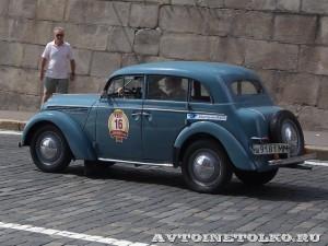 1954 Москвич-401 Павел Ушаков и Евгений Сорока, Москва на ГУМ Авторалли Gorkyclassic-2014 - 2