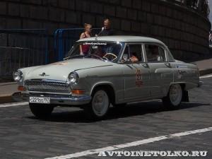 1969 ГАЗ-21УС Волга Сергей Алещенко и Екатерина Зюзина, Москва на ГУМ Авторалли Gorkyclassic-2014 - 1
