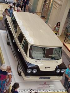 микроавтобус Старт на выставке Gorkyclassic в ГУМе 2014 - 8644