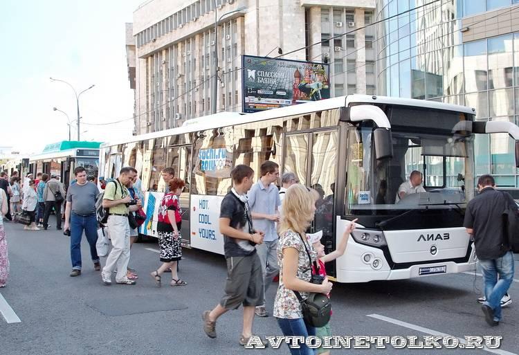 Русские Автобусы на Ретропараде 90 лет Мосгортранса - 5522