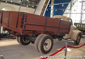 УралЗиС 355М с прицепом на выставке 90 лет советскому автопрому на ВДНХ - 6