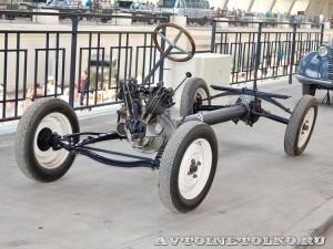 шасси НАМИ-1 на выставке 90 лет советскому автопрому на ВДНХ - 4015