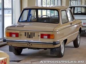 ЗАЗ 968М на выставке 90 лет советскому автопрому на ВДНХ - 4213
