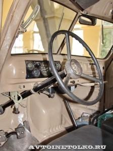 УралЗиС 355М с прицепом на выставке 90 лет советскому автопрому на ВДНХ - 20