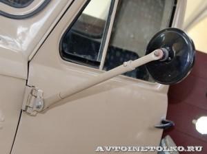 УралЗиС 355М с прицепом на выставке 90 лет советскому автопрому на ВДНХ - 12