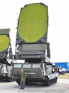 станция программного обзора 9С19М2 Имбирь комплекса С-300В на выставке Оборонэкспо форума ТВМ 2014 - 6062