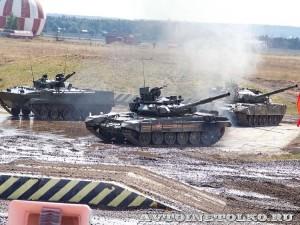 демонстрационный показ Непобедимые и Легендарные на форуме ТВМ 2014 - 6530