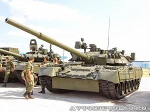 танк Т-80У на выставке Оборонэкспо форума ТВМ 2014 - 6780