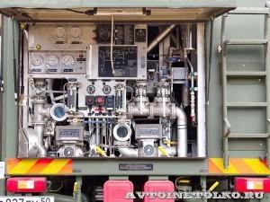 Автотопливозаправщик АТЗ-12-FMX400 ЗАО ЗСТ на выставке Оборонэкспо форума ТВМ 2014 - 7246
