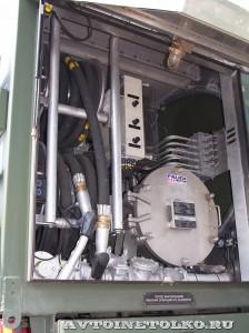 Автотопливозаправщик АТЗ-12-FMX400 ЗАО ЗСТ на выставке Оборонэкспо форума ТВМ 2014 - 8216