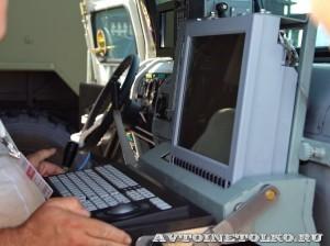 модуль управления ПВО на шасси бронемашины Тигр ОАО Концерн радиостроения Вега на выставке Оборонэкспо форума ТВМ 2014 - 8390