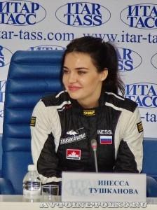 Инесса Тушканова на пресс-конференции вто-авиа шоу Форсаж 2014 - 3