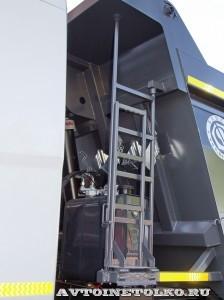 Самосвал Бецема Формат на шасси Hyundai Xcient 8x4 - 4370