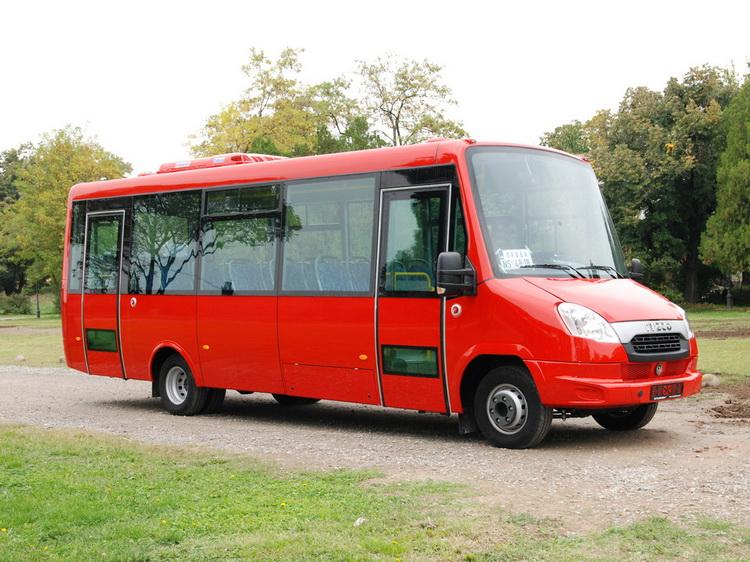 показ автобусов IVECO Bus и FeniksBus в Калининграде mr-12