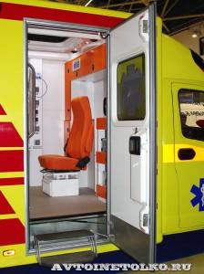 Модульный реанимобиль ГАЗель NEXT Промышленные Технологии на выставке Здравоохранение 2014 img_6789