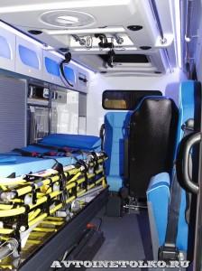 автомобиль скорой помощи класс В на базе Ford Transit  Промышленные Технологии на выставке Здравоохранение 2014 img_6808