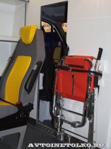 автомобиль скорой помощи класс В на базе Mercedes-Benz Sprinter KARUS на выставке Здравоохранение 2014 img_6840
