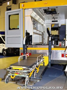 Автомобиль скорой помощи на базе SILANT KARUS на выставке Здравоохранение 2014 img_6845