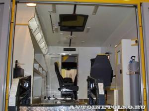 Автомобиль скорой помощи на базе SILANT KARUS на выставке Здравоохранение 2014 img_6848