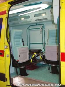 Реанимобиль класса С на базе Volkswagen Crafter KARUS на выставке Здравоохранение 2014 img_6857