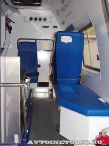 Автомобиль скорой помощи класс В на базе ГАЗель Бизнес ПКФ Луидор на выставке Здравоохранение 2014 img_6870