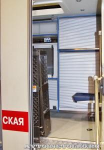Модульный автомобиль скорой помощи для инвалидов Промышленные Технологии на выставке Здравоохранение 2014 img_6912