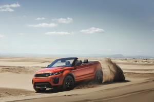 rr_evq_convertible_driving_sand_091115_10_121378