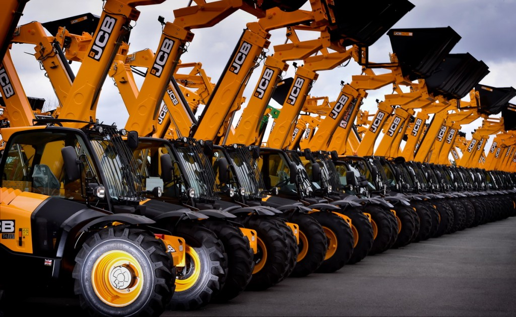 jcb-loadalls-await-despatch-to-customers-2
