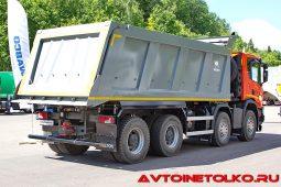 Самосвал Scania P440 B8x4HZ с кузовом Wielton на презентации в Дмитрове